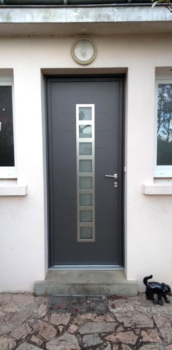 installation-pose-portes-d-entree-menuiserie-marionneau-vallet-44-16E8AD0C75-0F30-C501-624E-8F199BB77E8B.jpg