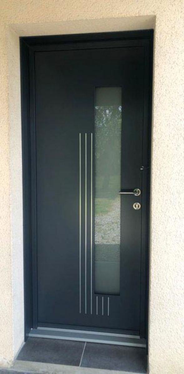 installation-pose-portes-d-entree-menuiserie-marionneau-vallet-44-24B867FFD1-E04C-F802-97B7-B26B933E87CE.jpg
