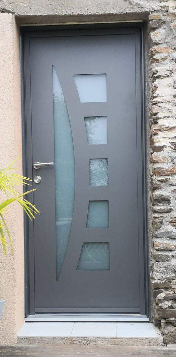 installation-pose-portes-d-entree-menuiserie-marionneau-vallet-44-2608BAA9D9-D518-BD22-7E1C-FF8526171E29.jpg