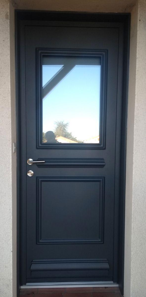 installation-pose-portes-d-entree-menuiserie-marionneau-vallet-44-303AA7E2C4-4C66-5162-F18C-98BBD22C4395.jpg