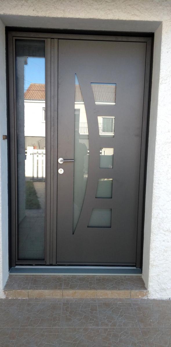 installation-pose-portes-d-entree-menuiserie-marionneau-vallet-44-9D185D02D-F7B0-3567-FA9D-D48CED5394EB.jpg