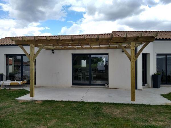 creation-installation-pergola-bois-menuiserie-marionneau-vallet-44EE08ADA1-0643-1D58-B3F9-9151278D4281.jpg