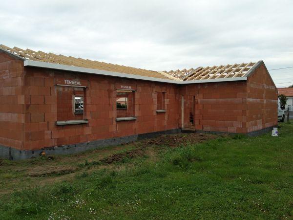 charpente-bois-construction-maison-amenagements-exterieurs-menuiserie-marionneau-vallet-1EAB4FADD-6897-444B-EFC7-1B0F1C4883F1.jpg