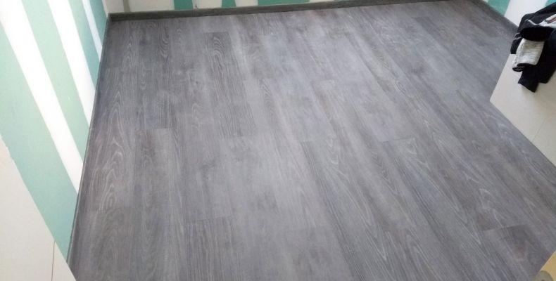 installation-pose-parquet-bois-gris-marron-menuiserie-marionneau-vallet-44-126D12F3A0-DD60-575C-2375-0F65261E15F7.jpg