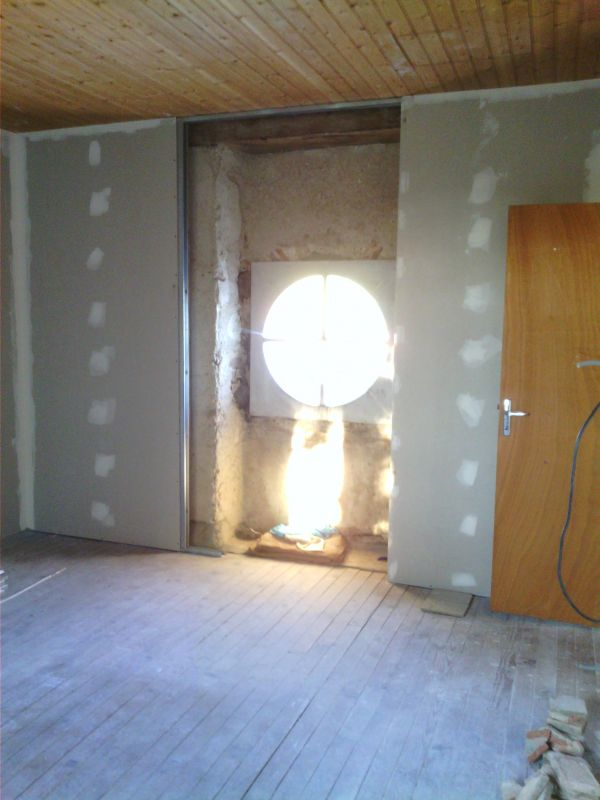 installation-pose-ouverture-oeil-de-boeuf-menuiserie-marionneau-vallet-4415B33710-F7F0-34D8-F192-0E15DF0BB164.jpg