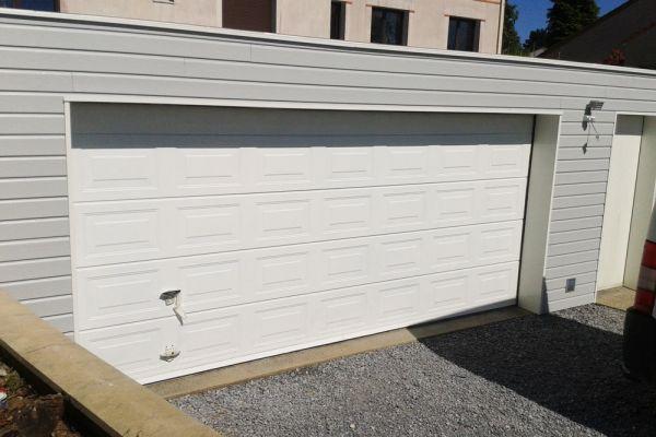 installation-pose-portes-garage-menuiserie-marionneau-vallet-44-131E0A1E4D-7E70-7855-577C-4BBFAE864F0E.jpg