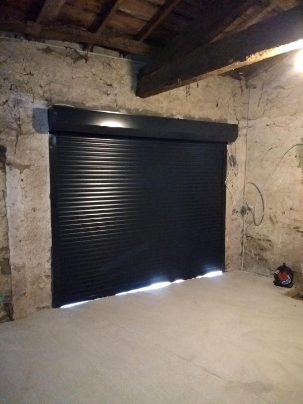 installation-pose-portes-garage-menuiserie-marionneau-vallet-44-10D4938E93-9A0D-7A06-9724-10E8B691B2C5.jpg