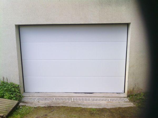 installation-pose-portes-garage-menuiserie-marionneau-vallet-44-693CD2B23-DF55-F4FD-62F3-2DEF9653FBBF.jpg