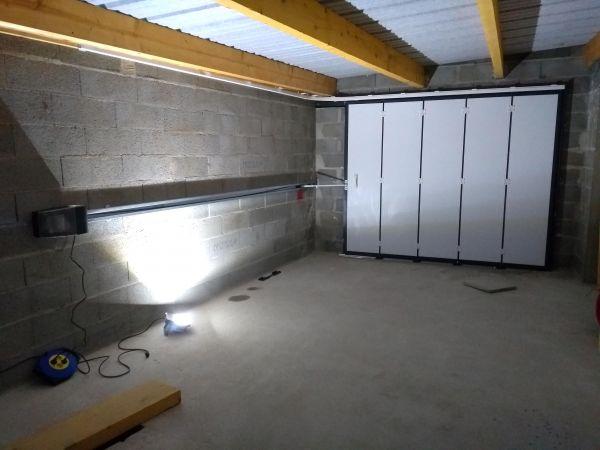 installation-pose-portes-garage-menuiserie-marionneau-vallet-44-831872706-6B84-6E6C-D0D0-29B79FEED1A0.jpg