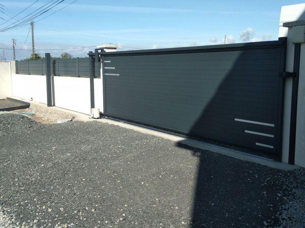 installation-pose-portail-coulissant-motorise-cloture-menuiserie-marionneau-vallet-44-9D43842F7-D3DE-C176-64E6-8B567F6A6EA2.jpg
